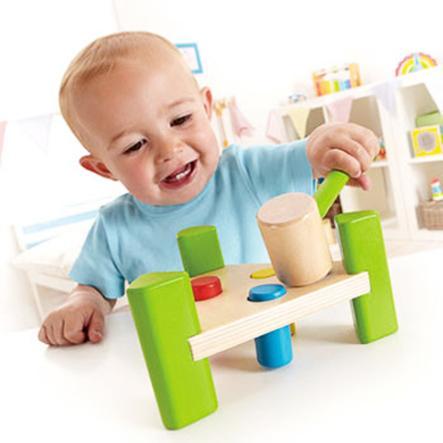 HAPE trojúhelníkový pracovní stoleček