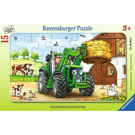 RAVENSBURGER Puzzle w ramce Traktor na farmie 06044