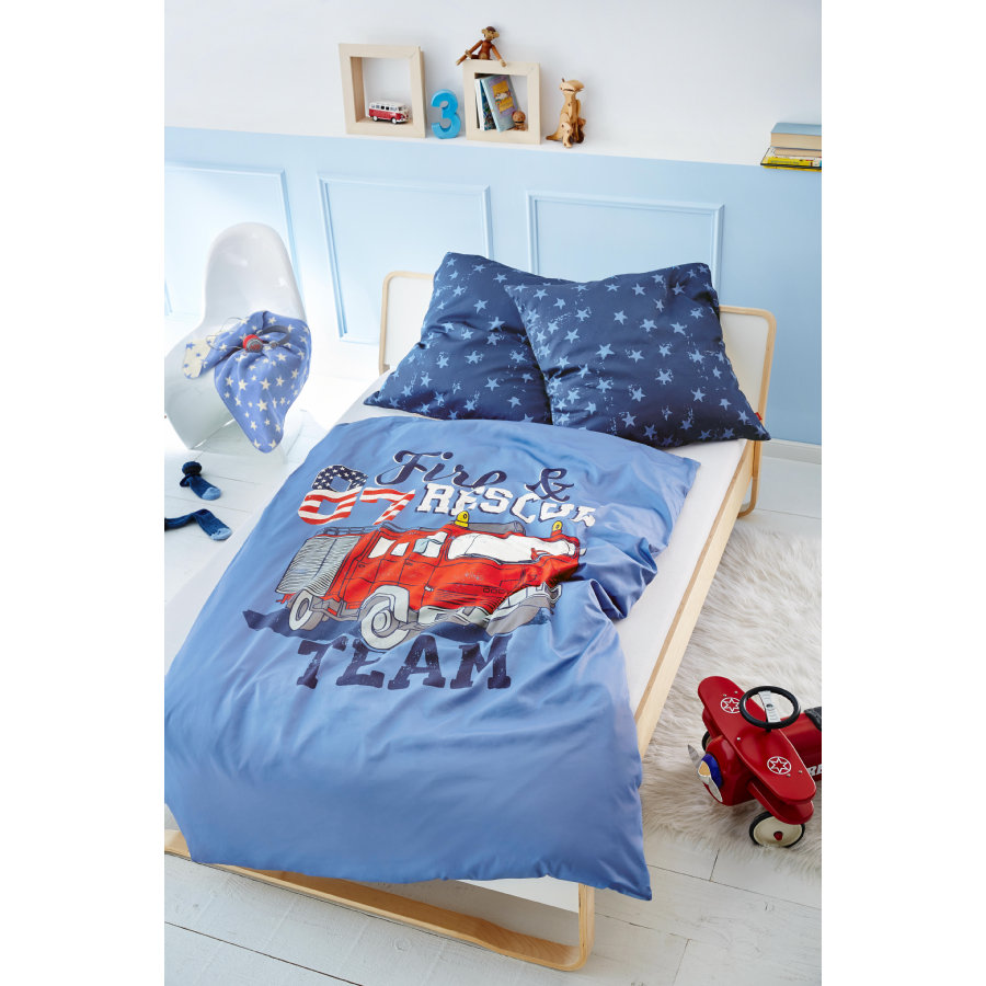 s oliver kinderbettw sche feuerwehrauto blau 135x200 cm baby. Black Bedroom Furniture Sets. Home Design Ideas