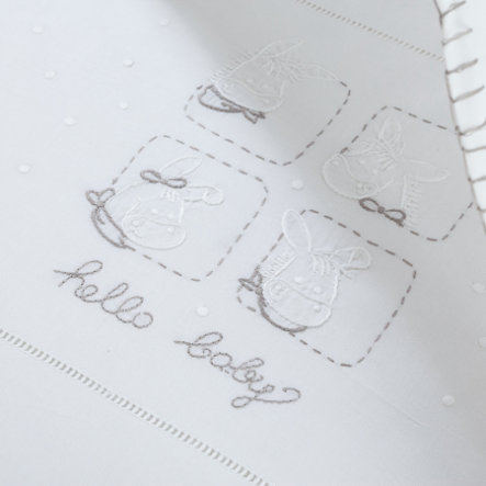 Povlečení ALVI s výšivnou Hello Baby bílé 80 x 80 cm