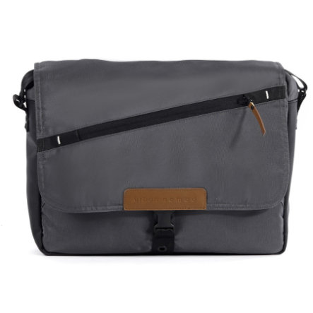 Mutsy EVO Nappy Bag Dark Grey URBAN NOMAD Edition