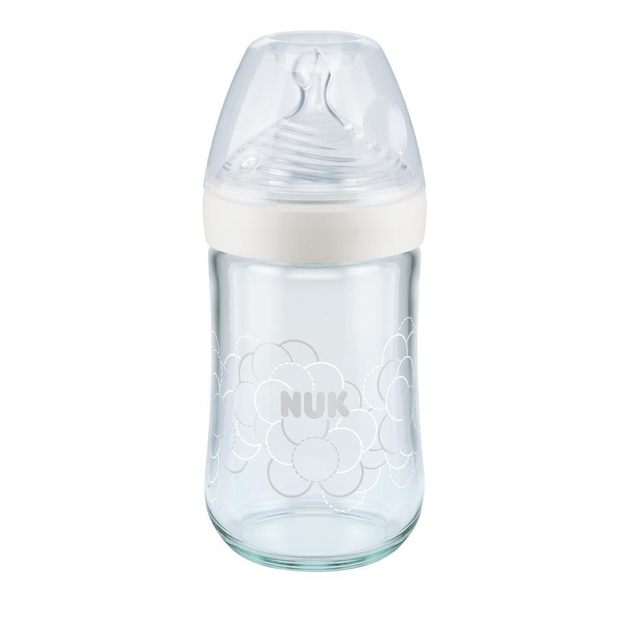 NUK Glasflaska Nature Sense vit 240 ml från födseln med dinapp av silikon Gr. M