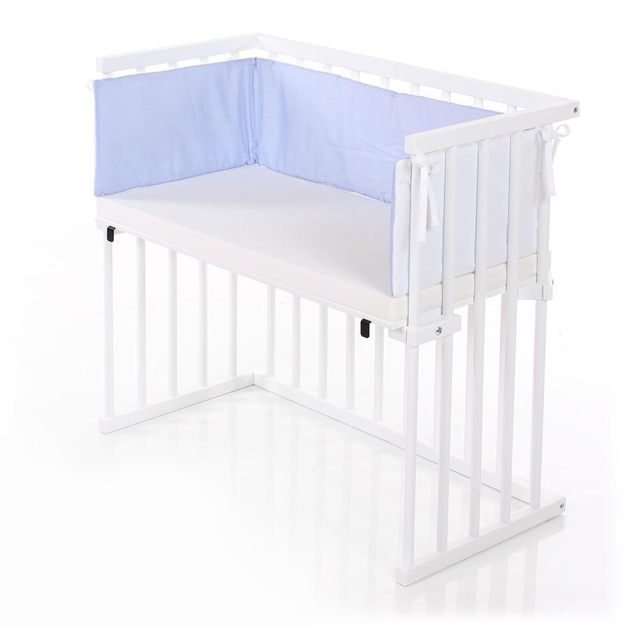 dreamgood Cuna colecho blanco incl. colchón prime y acolchado protector azul/blanco