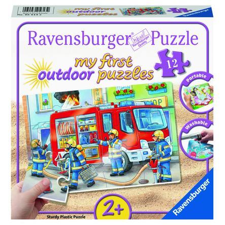 Ravensburger Mon first outdoor casse-tête - Les pompiers se précipitent à l'intérieur