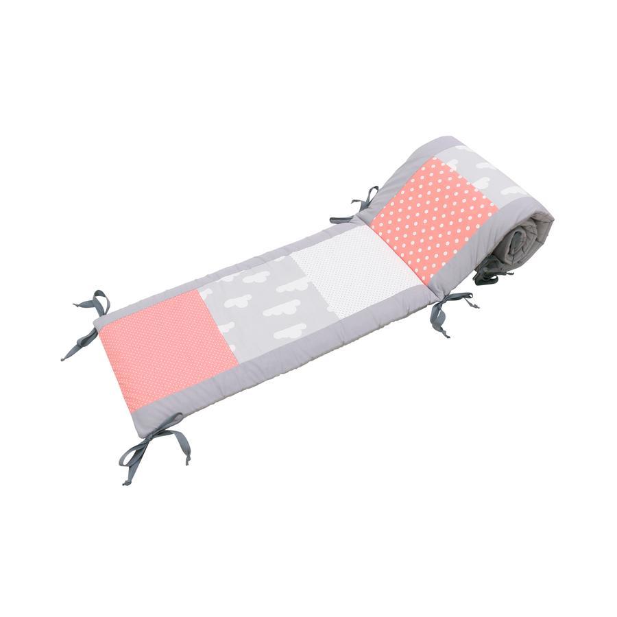 Ullenboom Patchwork-Ochraniacz do łóżeczka 140x70 cm Coral Cloud (420 cm zagłówek)