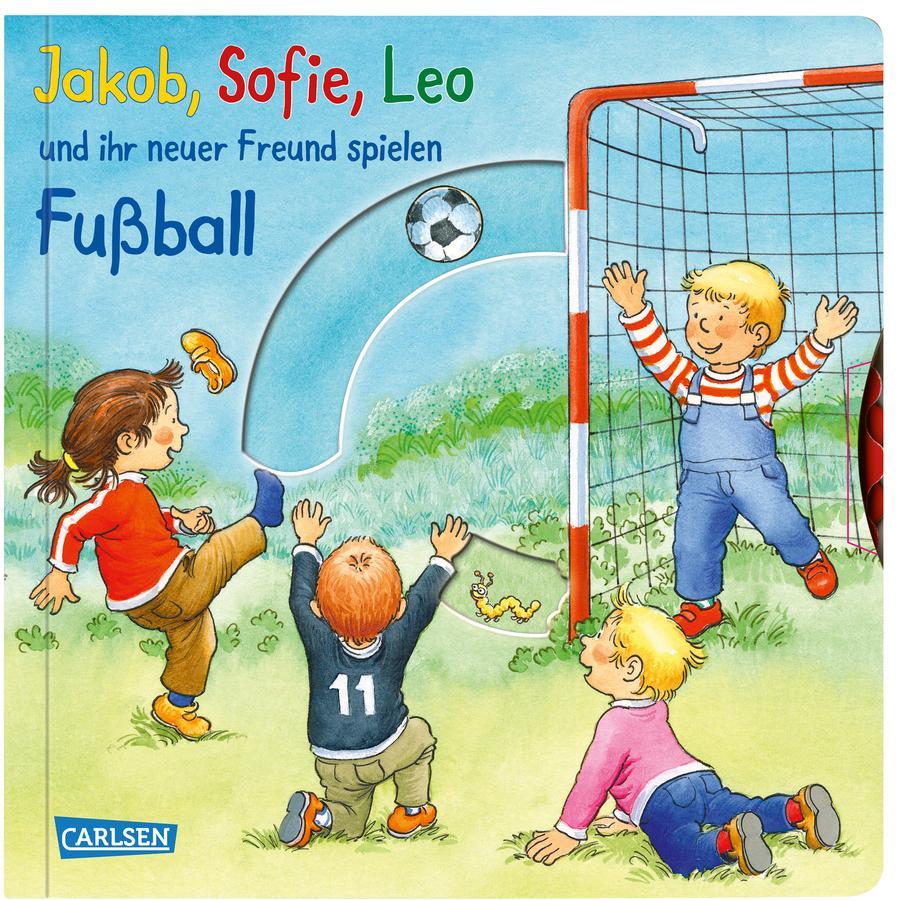 CARLSEN Jakob, Sofie, Leo und ihr neuer Freund spielen Fußball