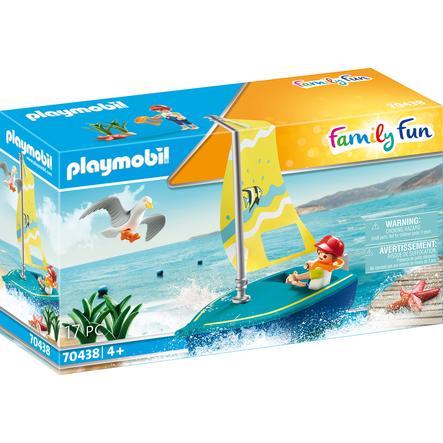 PLAYMOBIL® Family Fun Figurine enfant avec voilier 70438