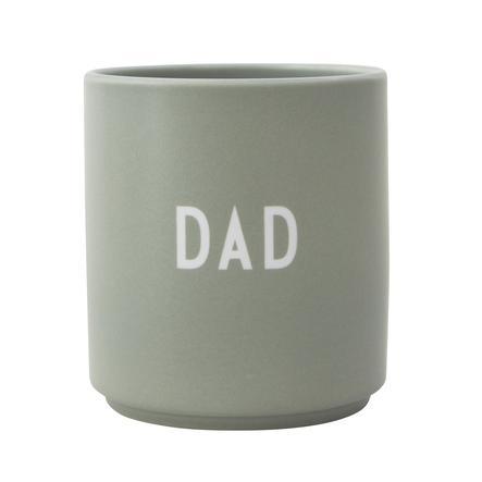 Design letters Porcelánový hrnek s laserovým gravírováním v zelené barvě DAD