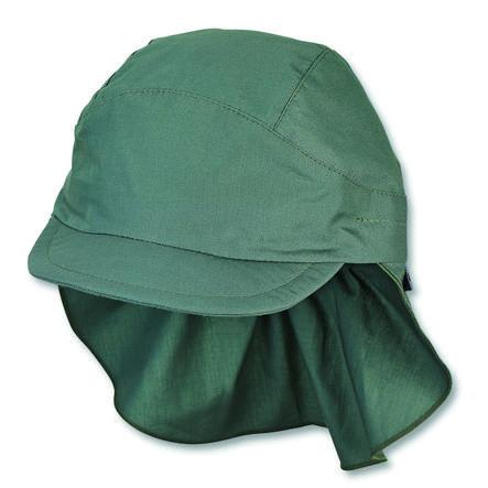 Gorra de pico de Sterntale con protección para el cuello de color verde oscuro