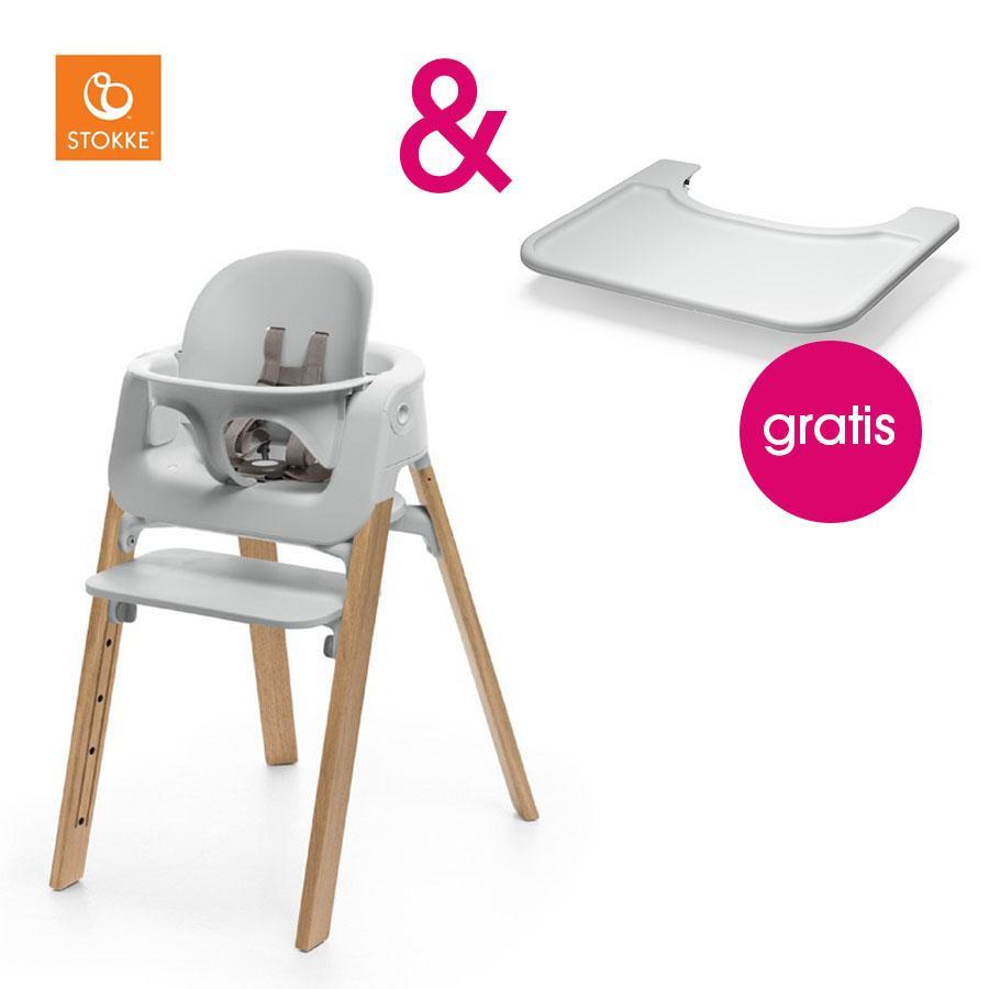 STOKKE® Steps™ Hochstuhl weiß Eiche natur inkl. Baby Set weiß + Gratis Tray weiß
