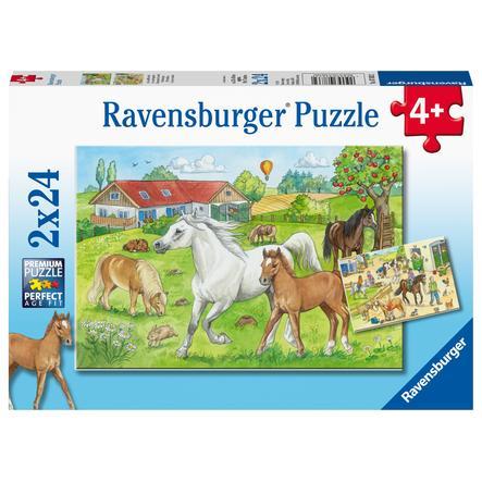 Ravensburger Puzzle 2x24 - Auf dem Pferdehof